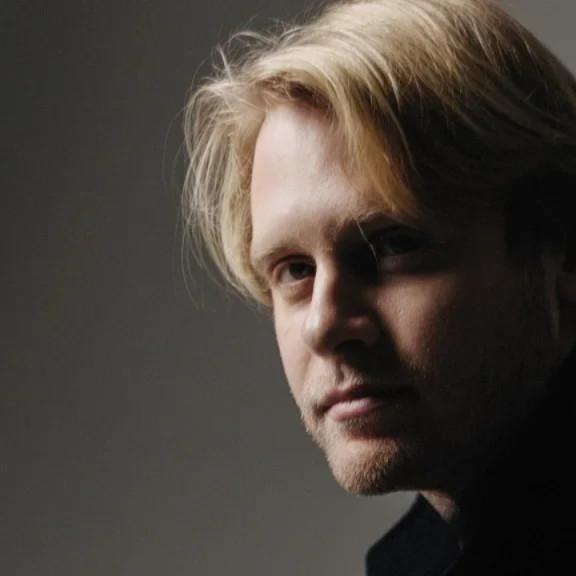 Ilys Stewart's interview on Deadline Hollywood